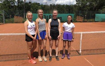 Juniorinnen in der Bezirksliga